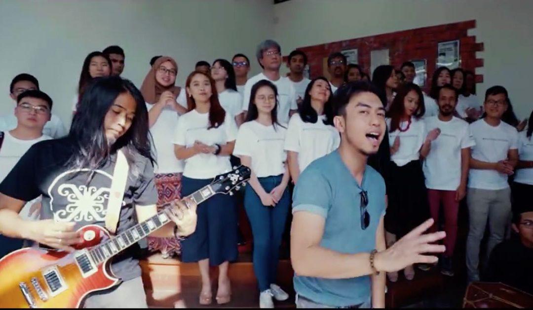 Official Bangkit MV (Theme Song for Pesta Harapan Malaysia 2018)
